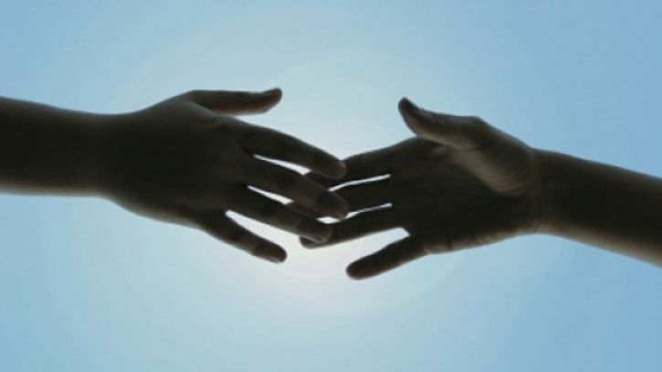 Χρόνια κατάθλιψη: Ψυχοθεραπεία ή αντικαταθλιπτικά; Τι υποστηρίζει νέα έρευνα