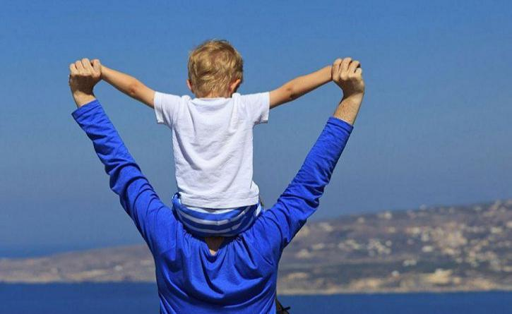 Can Living in the Moment Make You a Better Parent?