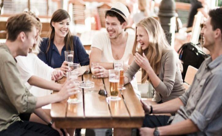 Οι συναντήσεις με φίλους απαραίτητες για καλή ψυχική υγεία
